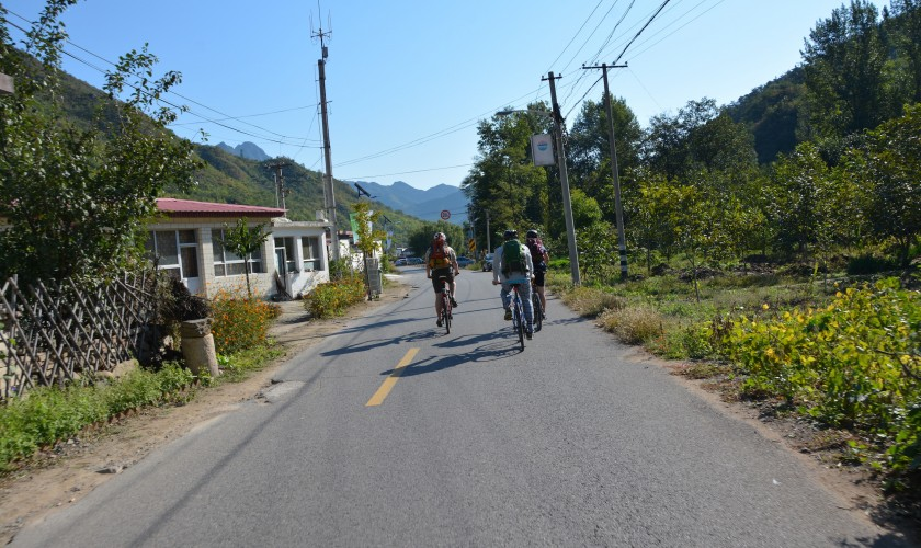 Cycling out to the Great Wall